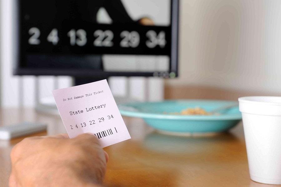 Kiat Teratas untuk Memenangkan game Lotere Online -
